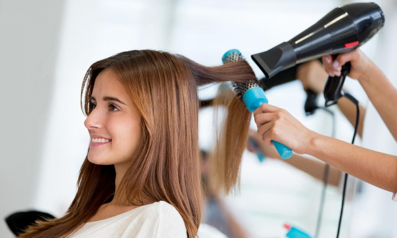 Everything You Should know about Hair Stylist's Job